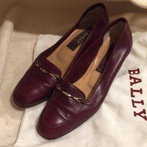 Bally soft leather burgundy shoe low heel Italy
